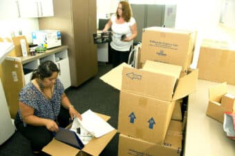 unpacking after using moving experts to move