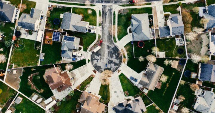 Aerial phot of a suburban neighborhood.